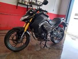 Vendo moto Honda CB190R inyectada