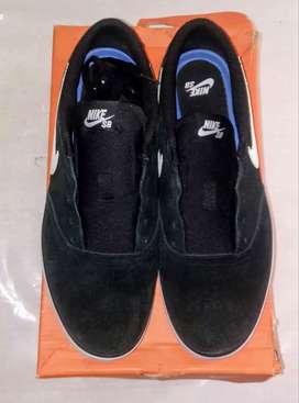 Vendo Nike sb check solar NUEVAS
