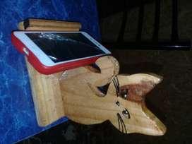 Soporte para celular artesanal