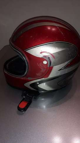 Vendo casco usado para chico de 3 a 4 años