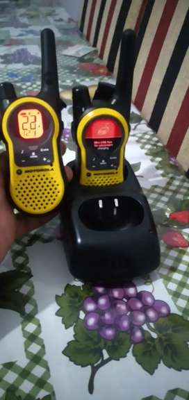 Handy Motorola /vendo o permuto por celular