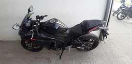 Vendo moto R3 perfecto estado