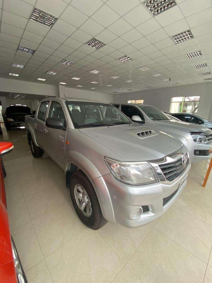 Toyota Hilux 3.0 Sr 4x2 2014 0