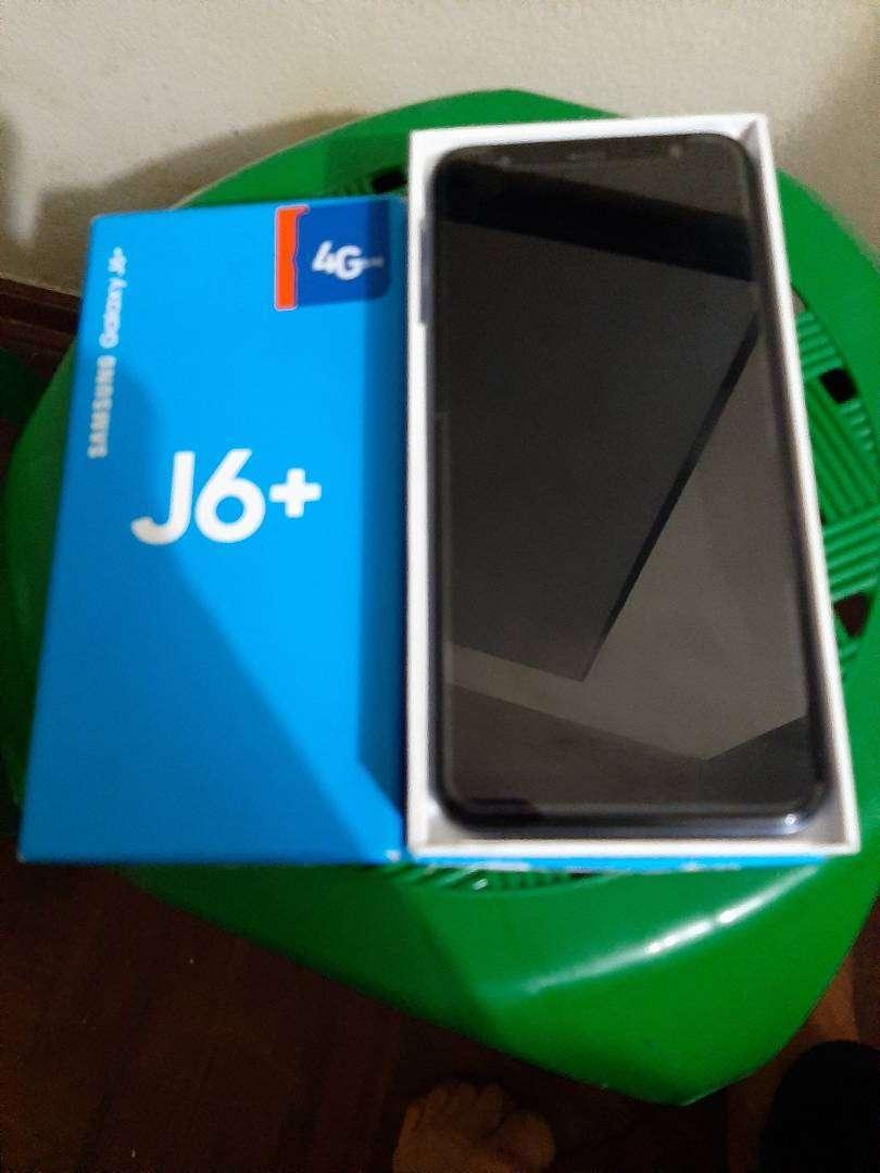 Samsung J6+ version de android 9. 0