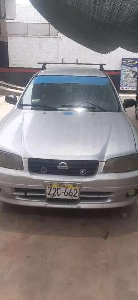 Se vende Nissan Expert con credencial de taxi