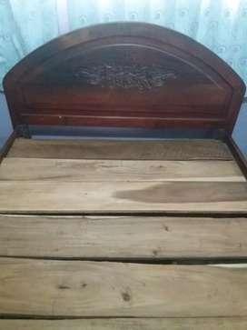 Venta de cama de madera