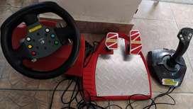 Vendo simulador de conducción Momo original