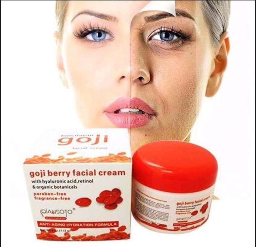 Crema facial antiedad GOJI