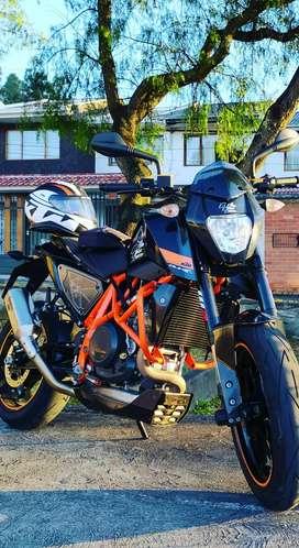 KTM Duke 690 r 2014