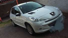 Peugeot 207,  Compac, Allure. 2013. Impecable..