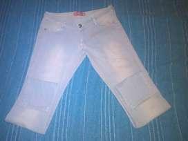 Jeans celeste Talle 40 MUY BUEN ESTADO