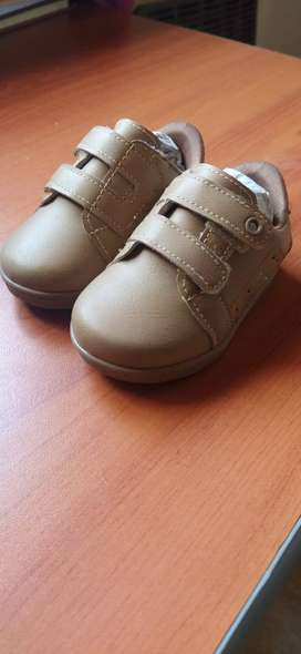 Zapatillas (caminantes)