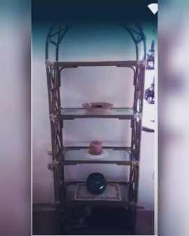 Mueble de canha y mimbre