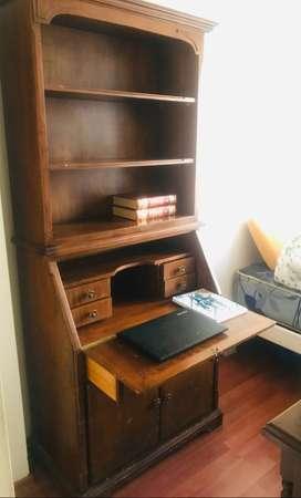 Librero / escritorio de madera