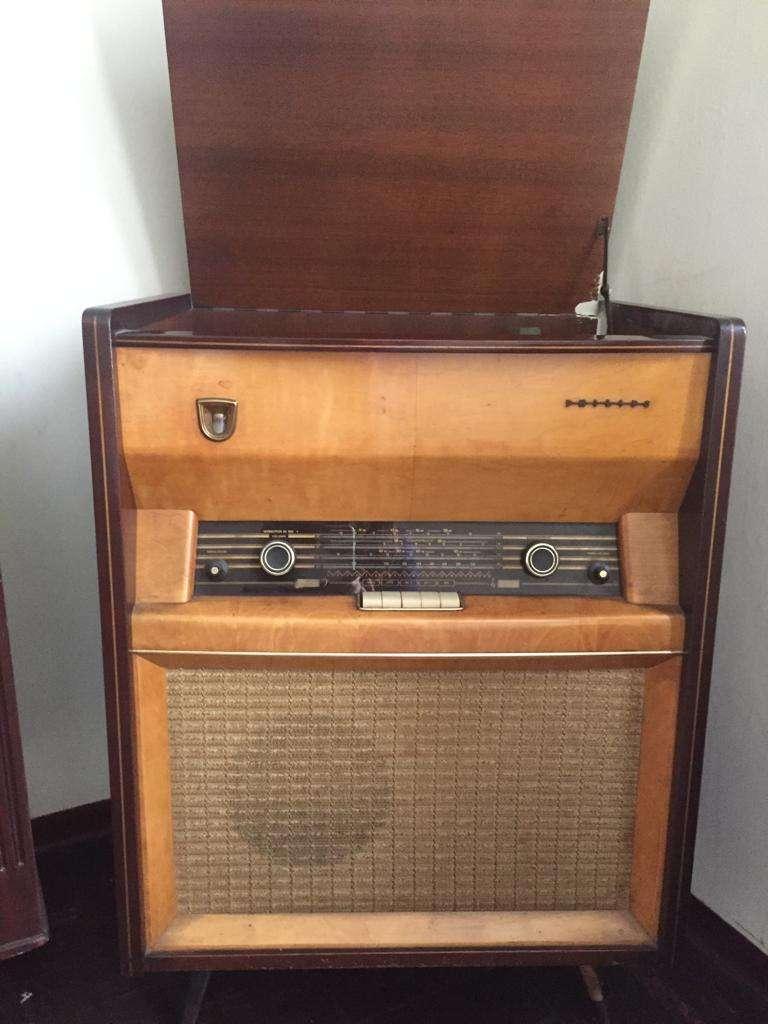 Radiola antigua 0