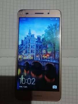 Se vende celular Huawei y6-2  2017