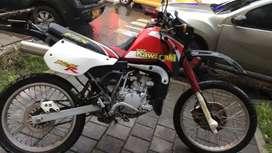Kawasaki kmx 125 modelo 2000 No soat no tecno