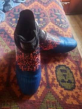 Zapatos de futbol