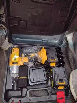 Llave de impacto inalambrica de 128 voltios - DEWALT