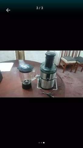 Licuadora con vaso
