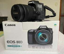 Camara Canon 80D -Lente 18-135mm