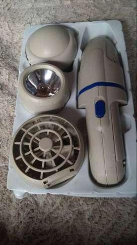 Vendo aparato multiusos contiene ventilador, aspiradora, masajeador, y linterna