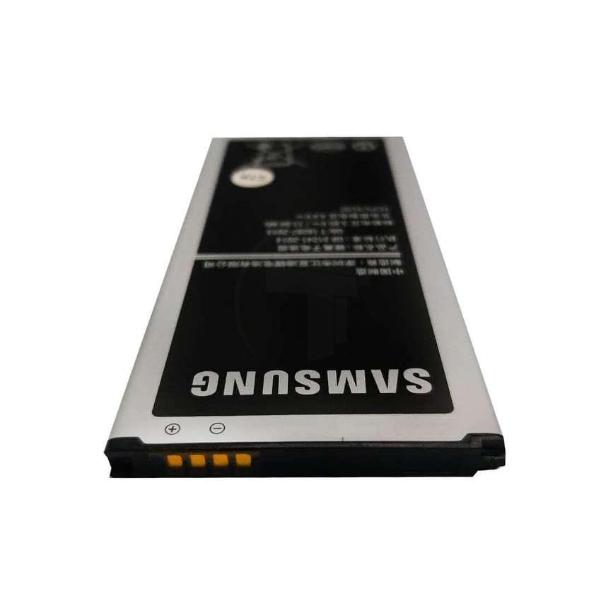 Batería Original NUEVA Samsung Galaxy J5 J510 2016 Tribunales 0