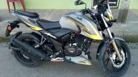 Se vende una  Bonita moto apacheTvS 2000 ..$ 4000 negociable