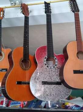 A la venta Tiples, Requintos, Guitarras y Ukeleles.