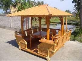 Muebles y construcciones en guadua