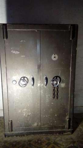 Caja Fuerte de Seguridad 2 tesoros, cajones, estantes, Único Dueño