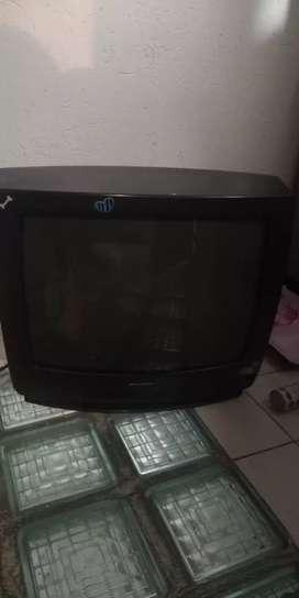 Vendo televisor para repuestos