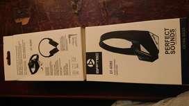 Auriculares de vincha grande sonido muy bueno cable cambiable no fijo