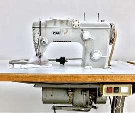 Máquina de coser PFAFF usada