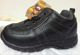 Zapato bebe Talla 22 bubble gummers 100% cuero