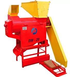 Desgranadora de Maiz número 20 deshoja, limpia,  desgrana, base para motor electrico o gasolina