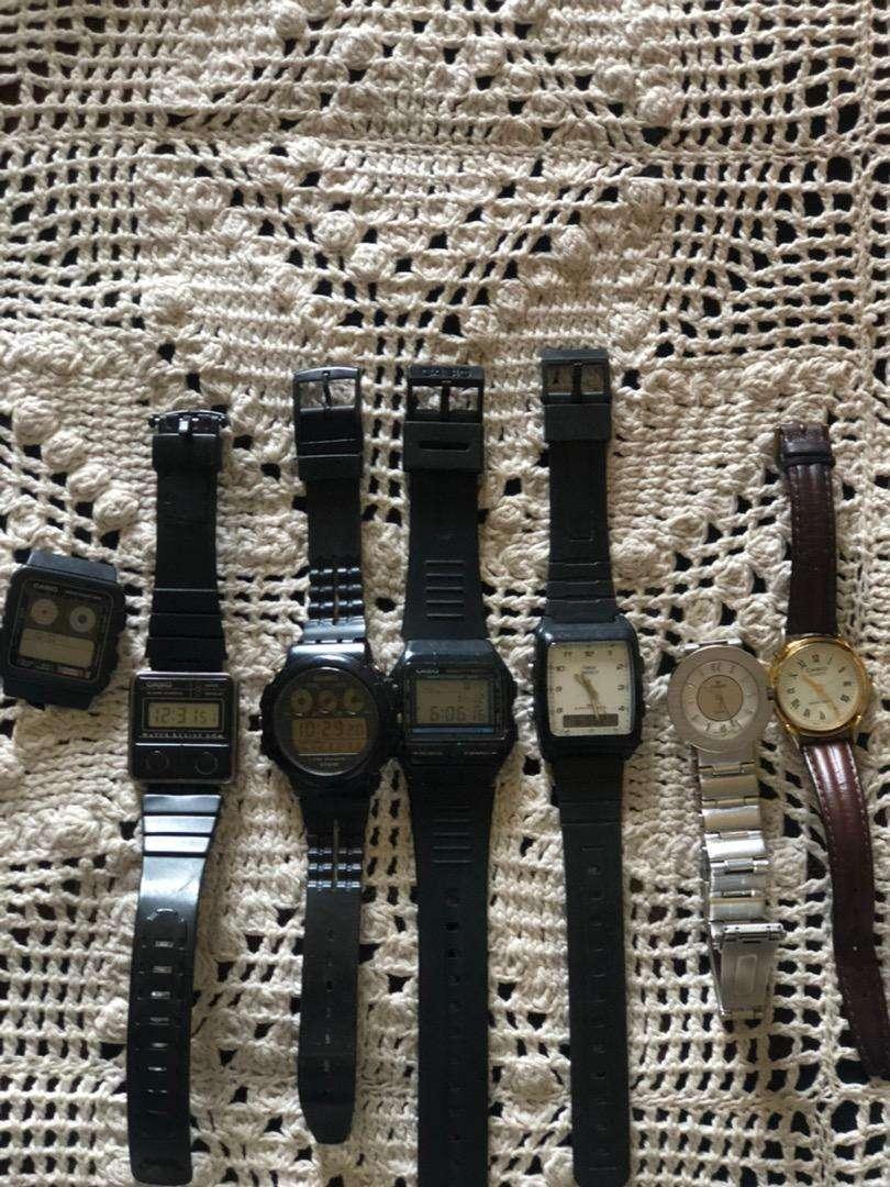 Relojes Casio i otros funcionando 9 de 10 0