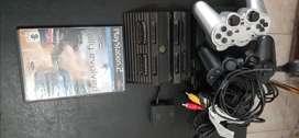 PlayStation II, se vende por mudanza, 5 años de antiguedad.