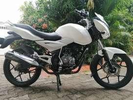 Moto Discovery 125 ST. Motor estándar, con papeles al día para traspaso, único dueño