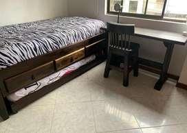Cama tarima en madera rustica + escritorio y silla