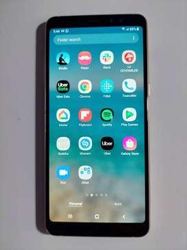 Samsung Galaxy A8 plus + Case Nillkin nuevo + Vidrio templado nuevo