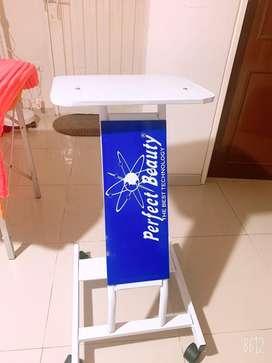 Mesa pedestal