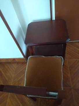 Mesa madera + silla pequeña