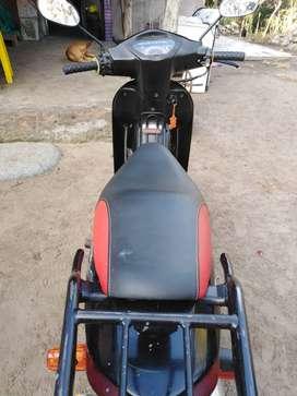 Vendo moto c100 wave