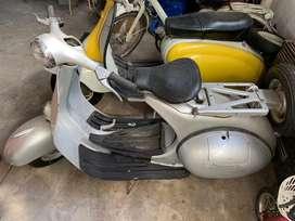 Piaggio Vespa 1957 impecable!