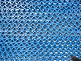 Alfombra Sintetica Azul Rejilla Esp 8,5 Mm