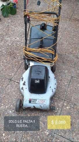 Maquina para cortar el pasto , funciona