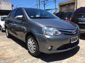 Toyota etios xls 1.5 2015