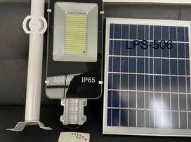 Lámpara solar 300w celda solar a aislada con brazo