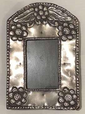 Marcos antiguos uno de plata otro plaque Bien conservados